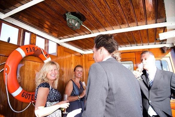 Maria & Henrik båten mingel_52